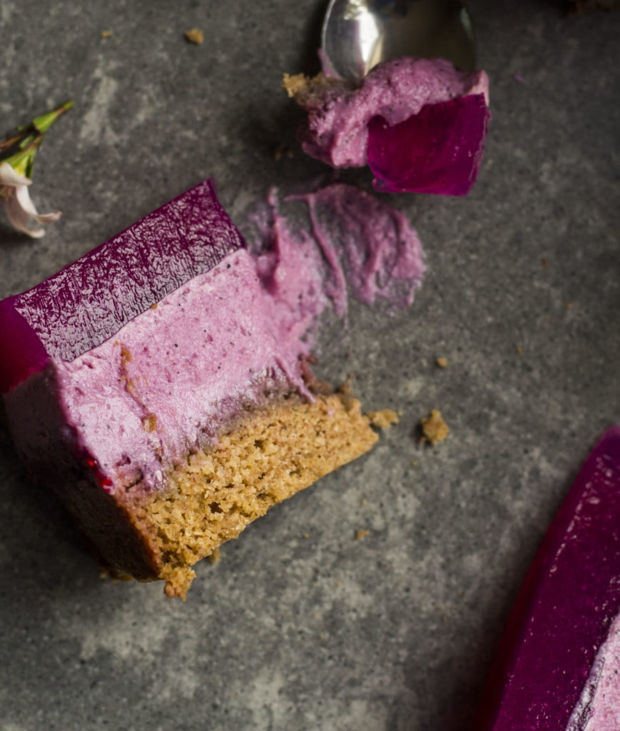 pitaya layer cake vegan 6