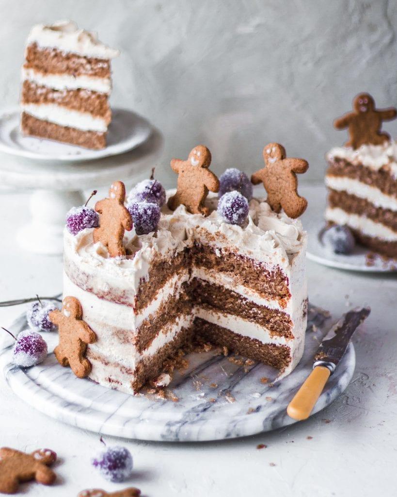 vegan gingerbread cake cross section