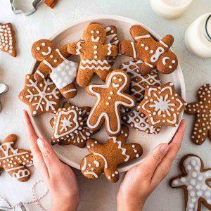 vegan gingerbread cookies on plate